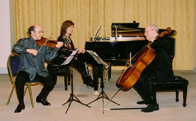 Le Trio Equinox